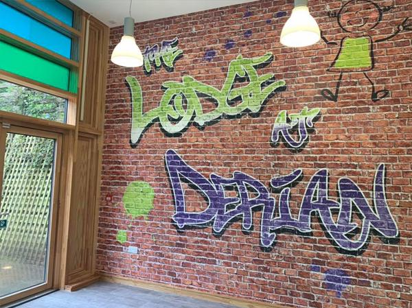 Derian Lodge